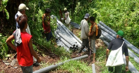 <p>Installed clean water piping at Sibaganding.</p>